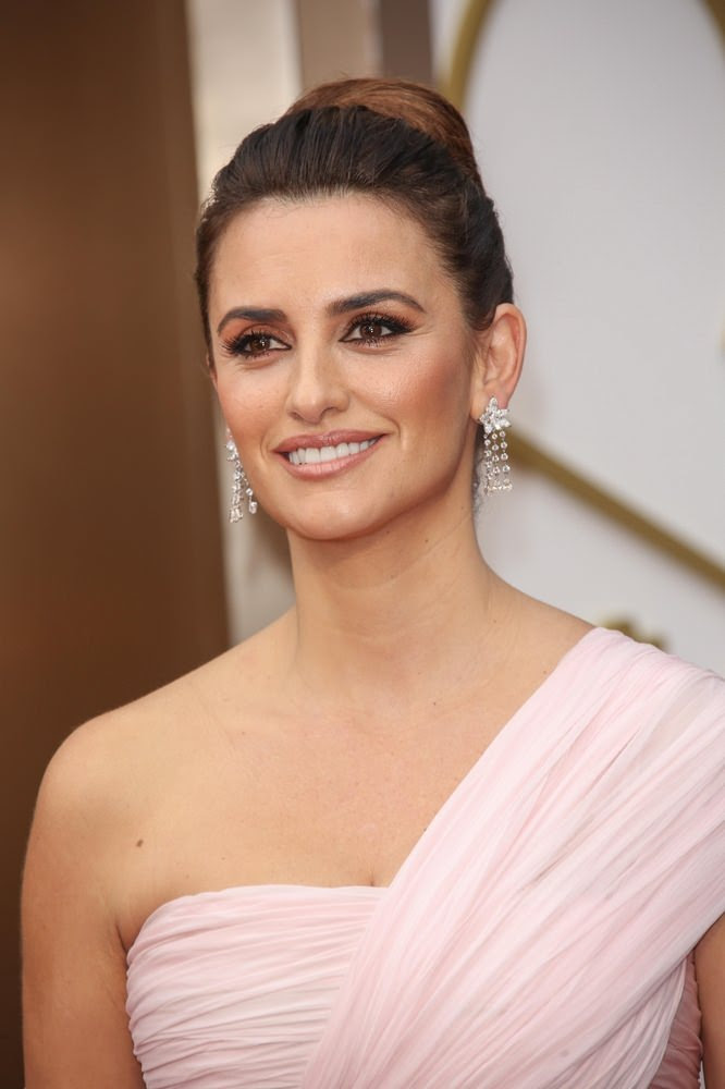Penelope Cruz High Chic Spring Bun Hairstyle