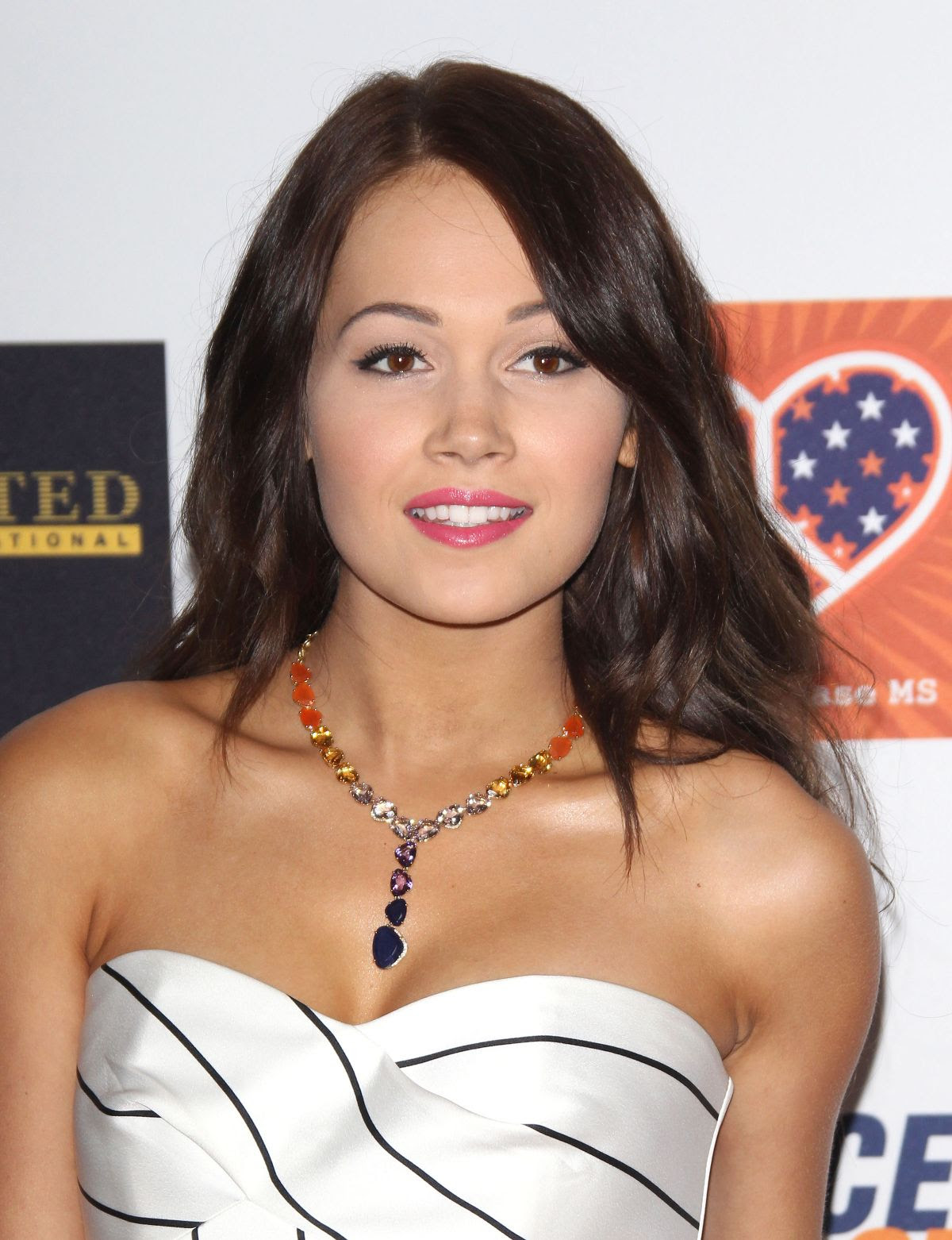 KELLI BERGLUND at 2015 Race to Erase MS Event in Century City