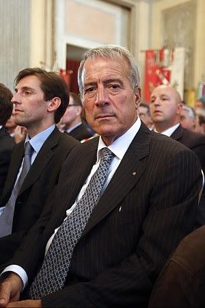 """""""Cinquecentomila euro in contanti nei tubi in casa dell'ex assessore"""""""