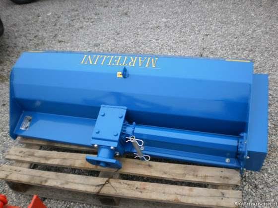 Trattori agricoli usati macchine trincia per trattore for Trincia per motocoltivatore pasquali