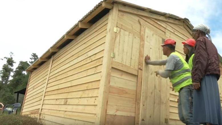 El Presidente Medina dispone creación de Unidad de Acción Rápida para reparar viviendas