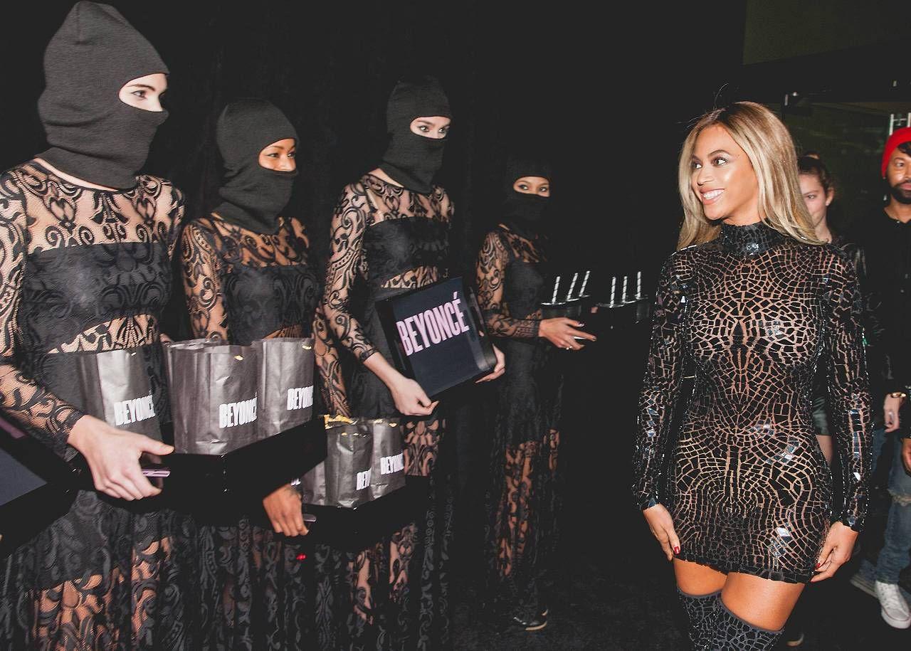 Beyonce : NYC Visual Album (12/21/13) photo tumblr_my6ubfNGTP1rqgjz2o1_1280.jpg