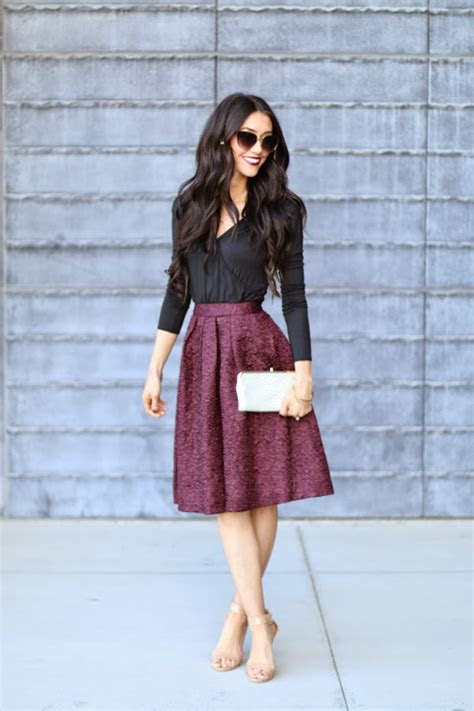 gorgeous fall wedding guest outfits   fall