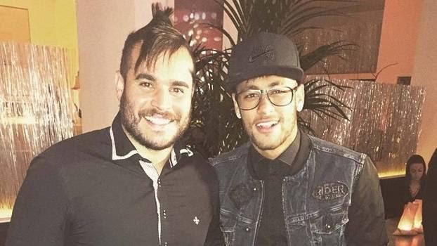 Andrezinho e Neymar: 'parça' do jogador é acusado de esquema no Santos