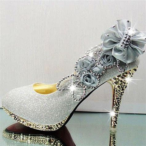Cheap Silver Pumps Sexy Diamond Embellished Round Closed