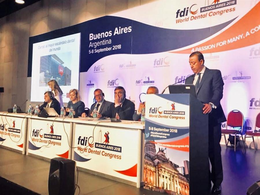 El presidente del Consejo, Óscar Castro, en el Congreso Mundial de la FDI, celebrado recientemente en Buenos Aires, donde ha denunciado el escándalo de iDental.