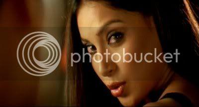 http://i298.photobucket.com/albums/mm253/blogspot_images/Raaz/PDVD_037.jpg