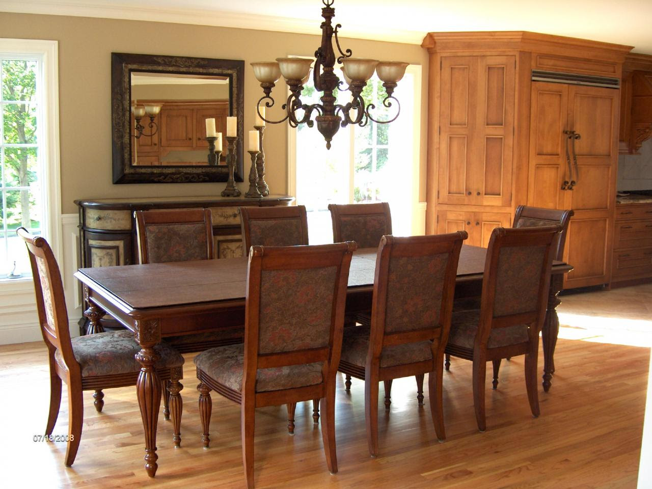 Dining Room Design Ideas with Brave Tone Decoration ...