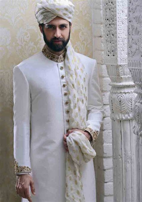 Wedding Sherwani Designs For Groom Barat In 2019   FashionEven
