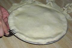 11 - Crimping the crust