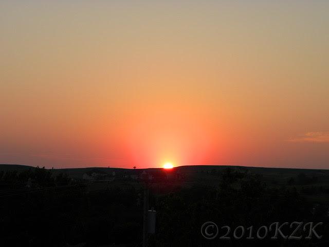 DSCN5805 25 JUN 10 sunset