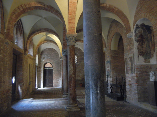 DSCN4946 _ Basilica Santuario Santo Stefano, Bologna, 18 October