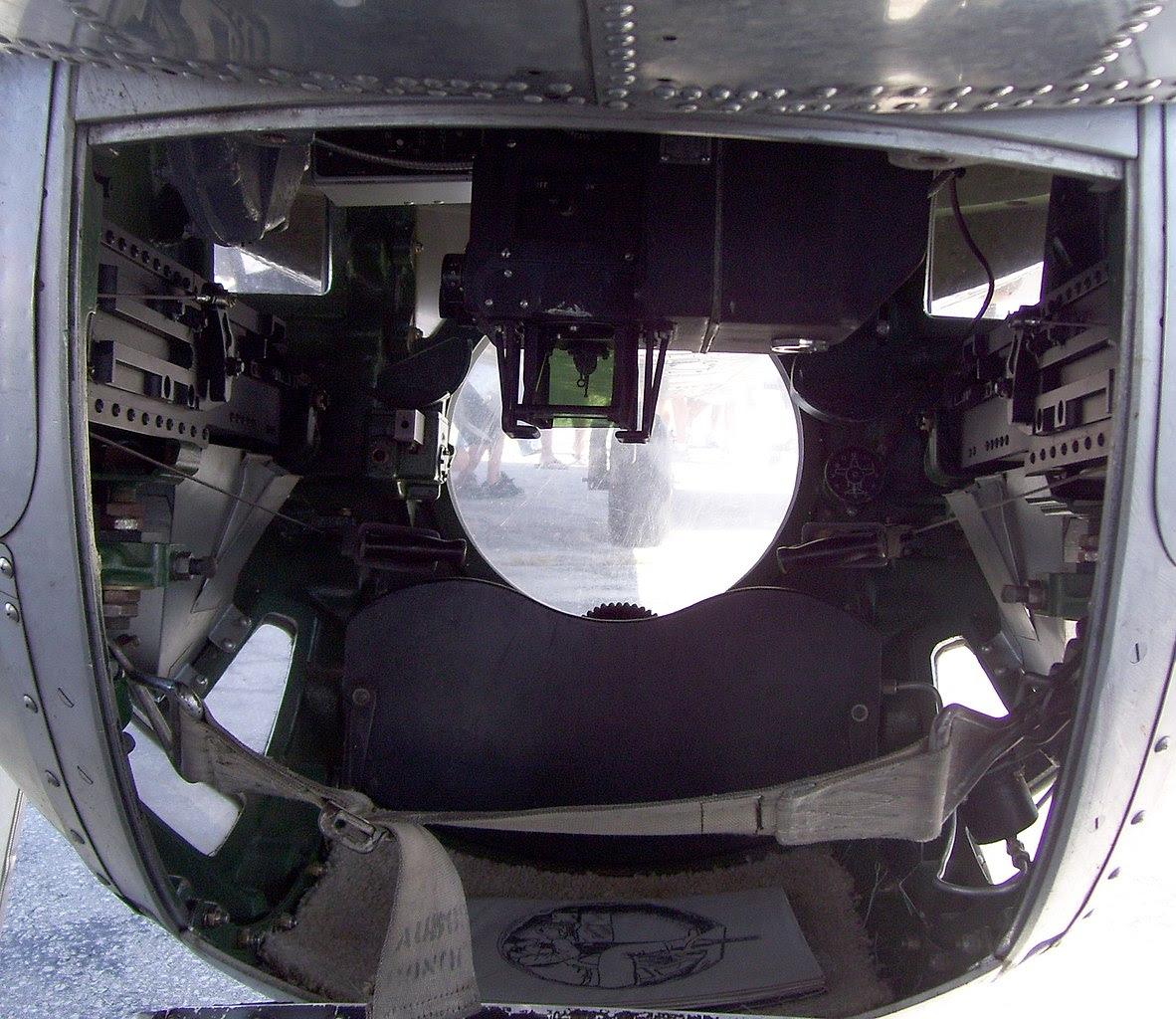 http://upload.wikimedia.org/wikipedia/commons/thumb/1/12/Ball_turret_inside_B-17.jpg/1182px-Ball_turret_inside_B-17.jpg