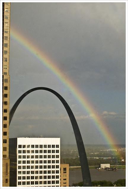2011-04-28 Arch And Rainbow