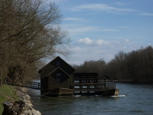 Plavajoči mlin na Muri