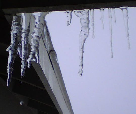 Stepford House Icicles 2