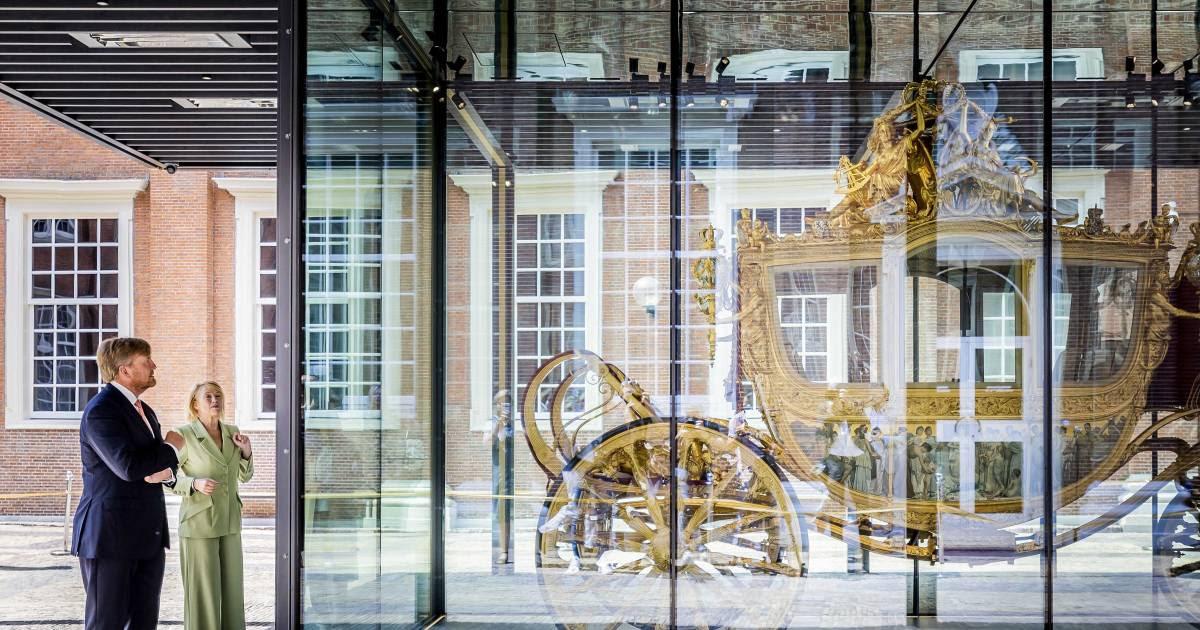 Deur Gouden Koets open vanaf Prinsjesdag   Show