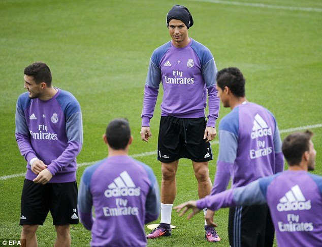 Ronaldo y compañía eran volver a hacer lo que más les gusta en la mañana del sábado en la formación