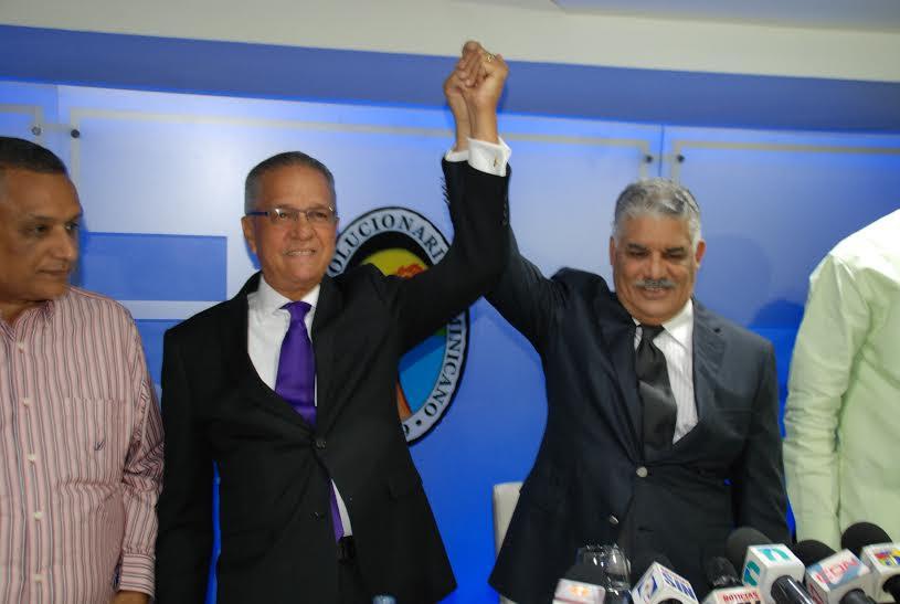 Exdirigente reformista José Osvaldo Leger es juramentado en el PRD