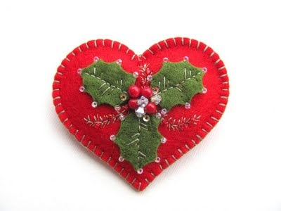felted Christmas heart with holly leaves and bead berries