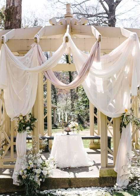 Romantic Southern wedding inspiration   Wedding Fashion