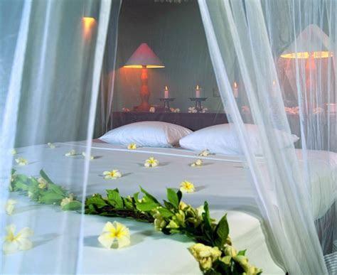 Lifestyle of Dhaka: Wedding bedroom decoration idea simple