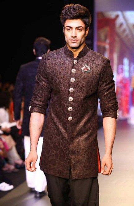 indian wedding guest outfits  men kurtas indian
