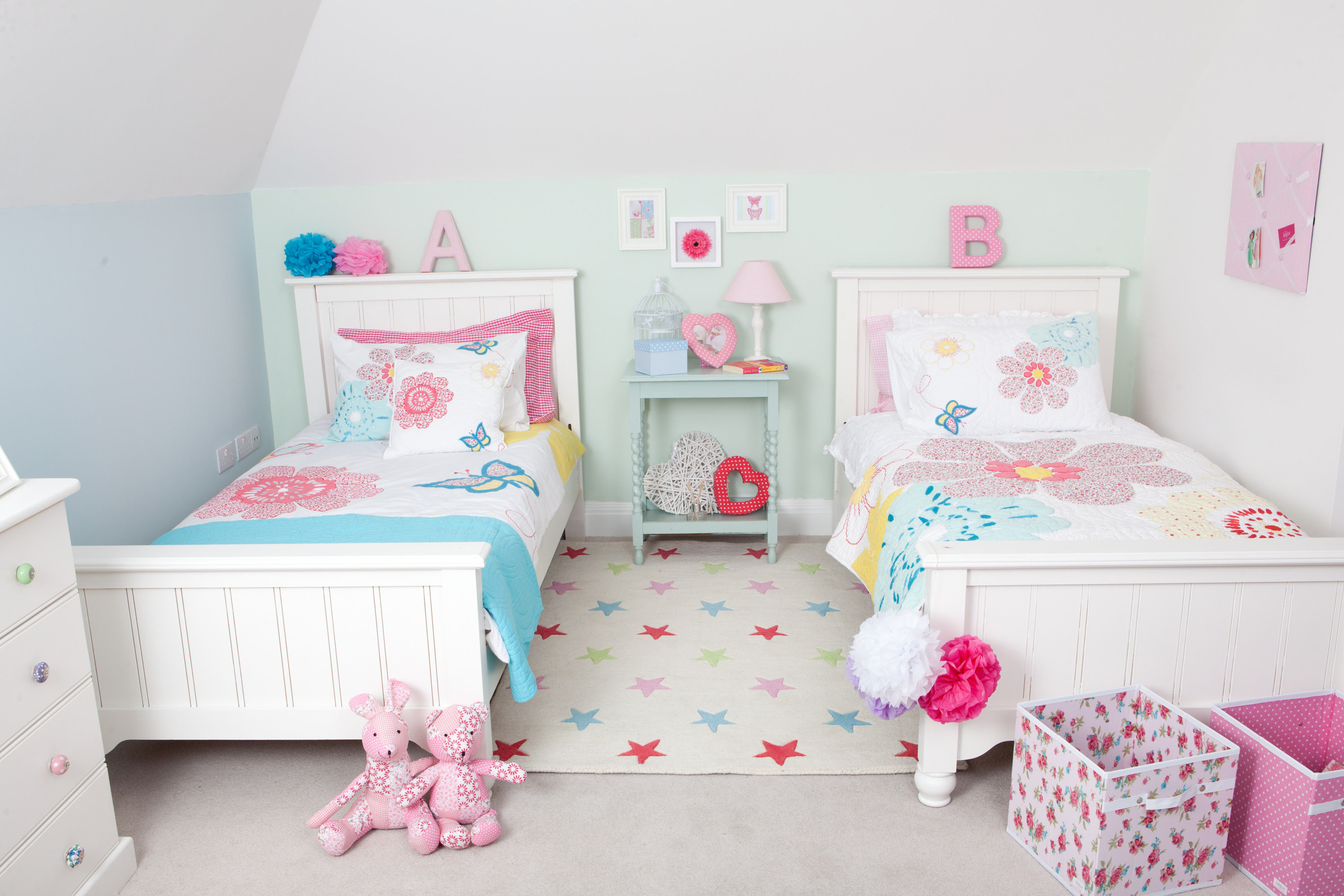 Two sets of single bed with higher headboard for little twin girls a