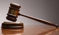 Δικαστική απόφαση μετατρέπει σε αορίστου χρόνου συμβασιούχους υπαλλήλους