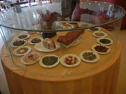 DSCN0209 _ Restaurant, Shenyang, September 2013