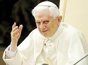 O papa Bento 16, no Twitter como @pontifex, fará sua 1ª publicação na rede social às 12h do dia 12/12/12
