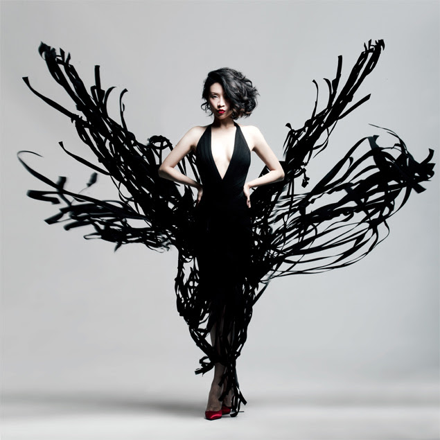 A cantora chinesa Ruhan Jia, que tem como padrinho o Partido Comunista