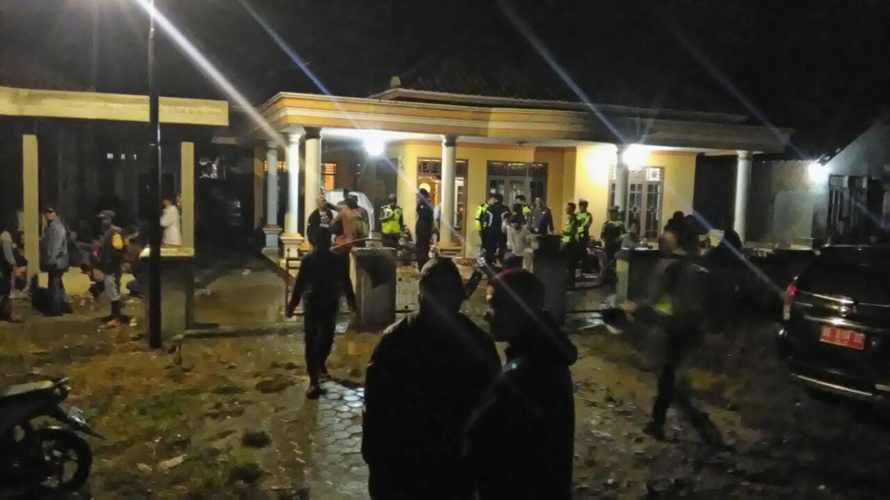 LAMPUNG POST | Pemuda Bertikai, Dua Desa Nyaris Bentrok di Sidomulyo