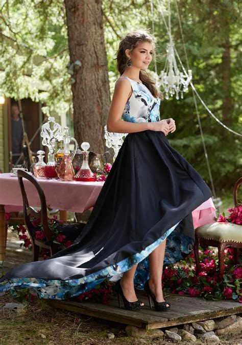 Floral Printed Taffeta A Line Prom Dress   Style 99084