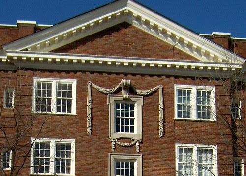 P2082070-696-Peachtree-Top-Window-Pediment