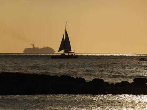 Ships in Aruba