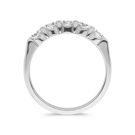 Round Diamond Wedding Band in Platinum   Shane Co.