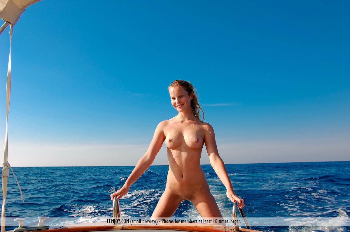 belinda-on-boat-05