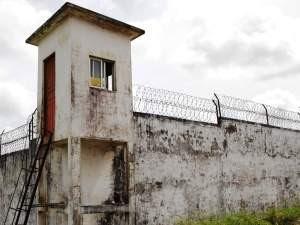 Mesmo com fuga, visita aos presos da Cadet foi mantida (Foto: Douglas Júnior/O Estado)