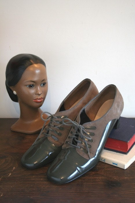 60s Vitality Olive Oxford Pumps sz 8.5 narrow