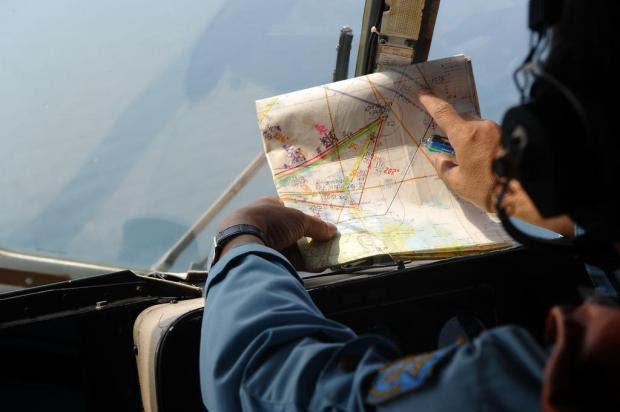 Avião teria desviado centenas de quilômetros de sua rota HOANG DINH NAM/AFP