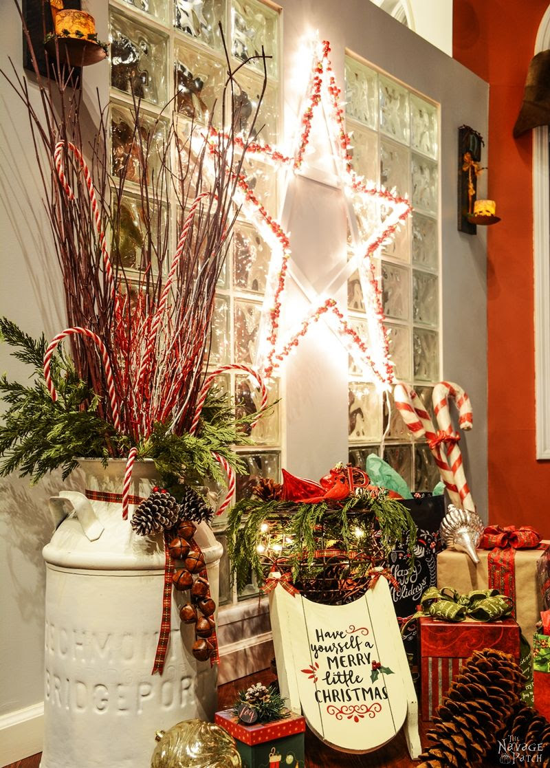 DiY Lighted Christmas Stars - TheNavagePatch.com