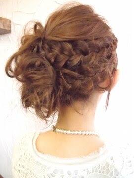 画像付き!自分で簡単にセットする結婚式のお呼ばれ髪型  - アップスタイル ヘアアレンジ