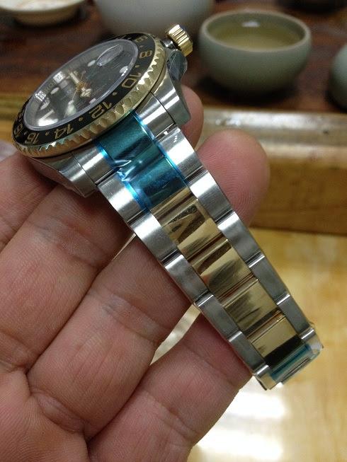 Noob Rolex 116713LN GMT Master II YG Wrapped 5