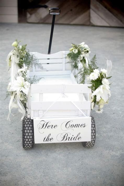 Best 25  Wedding wagons ideas on Pinterest