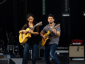 English: Rodrigo y Gabriela performing at Sasq...