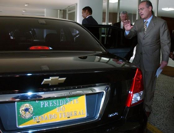 Resultado de imagem para Senado aluga 85 carros zero-quilômetro por R$ 8,3 milhões