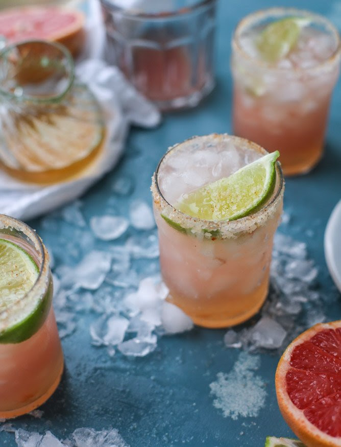pink grapefruit margaritas with chili salt I howsweeteats.com