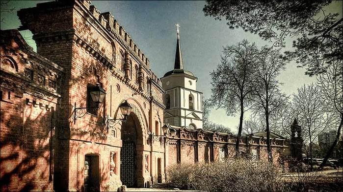 Усадьба Покровское-Стрешнево/3673959_2 (700x393, 84Kb)