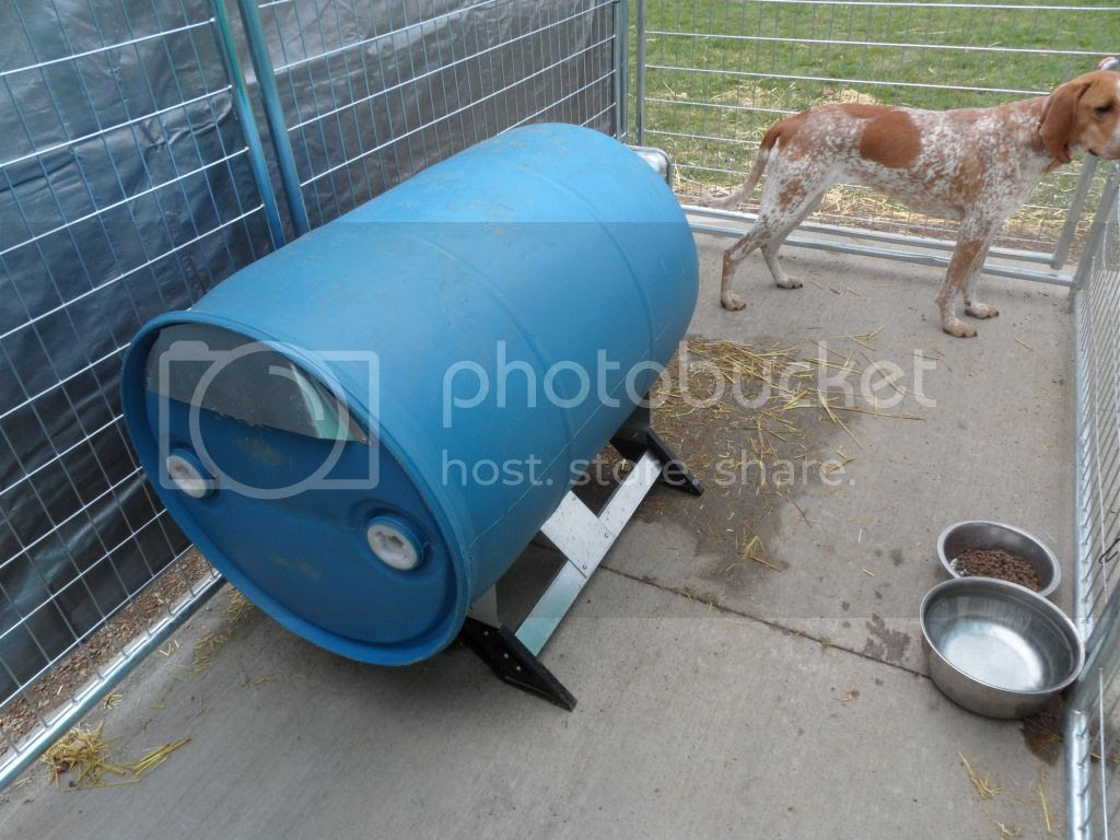 Ukc Forums Plastic Barrel Dog House Pics